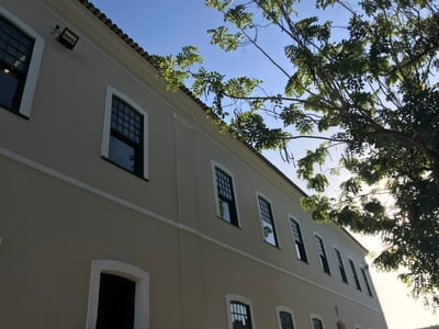 Santa Casa da Bahia inaugura Faculdade de Saúde com cursos de gestão hospitalar e cuidados paliativos