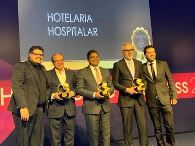 Provedor da Santa Casa da Bahia discute futuro da saúde e recebe premiação pelo Hospital Santa Izabel