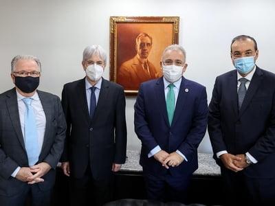 Diretoria da Abrahue é recebida pelo Ministro da Saúde