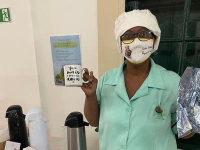 Serviço de Nutrição da Santa Casa realiza ação para incentivar o consumo de chás naturais